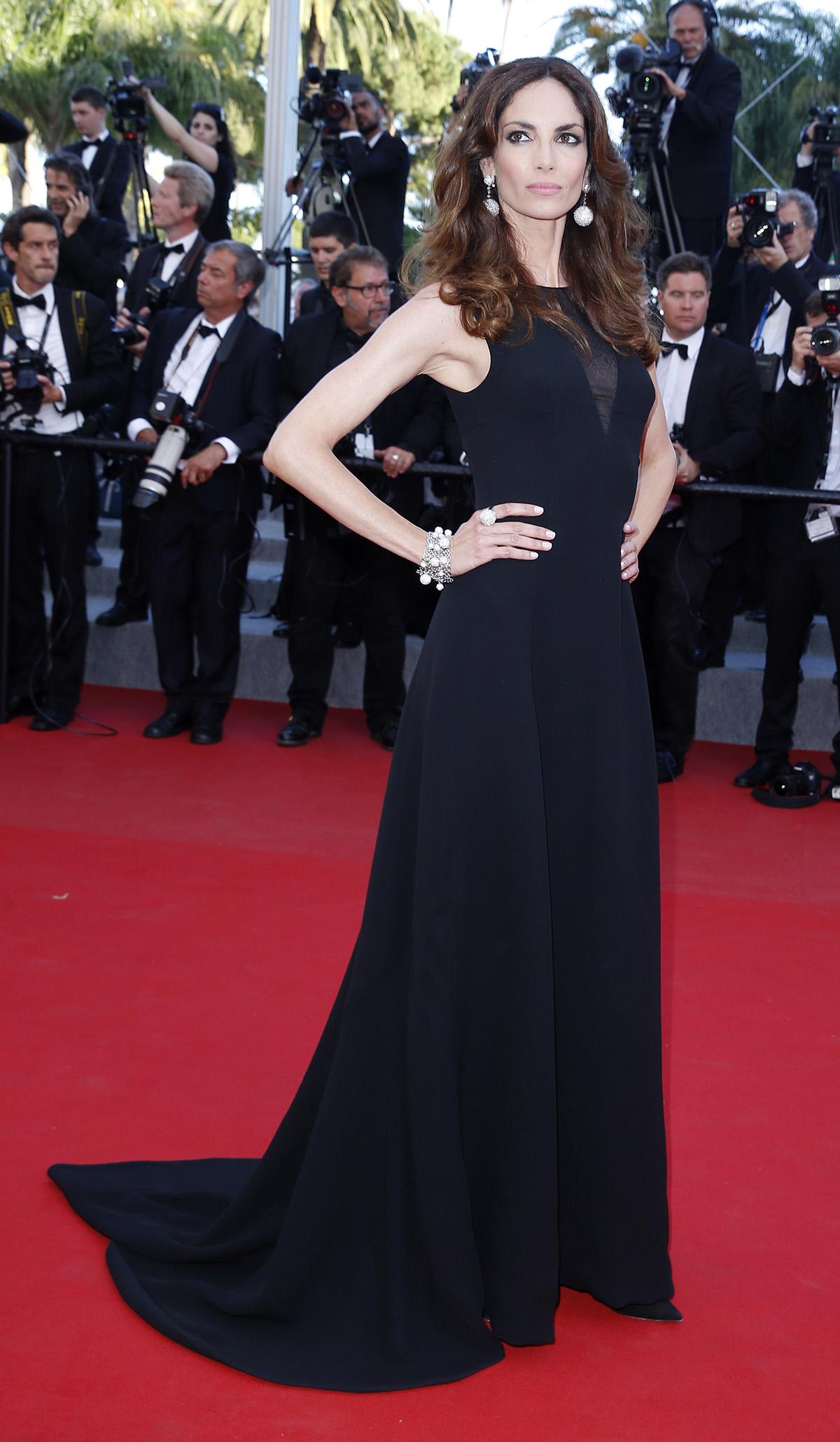 Eugenia Silva das spanische Supermodel trägt Armband und Ring von de Grisogono aus der Iconic Kollektion