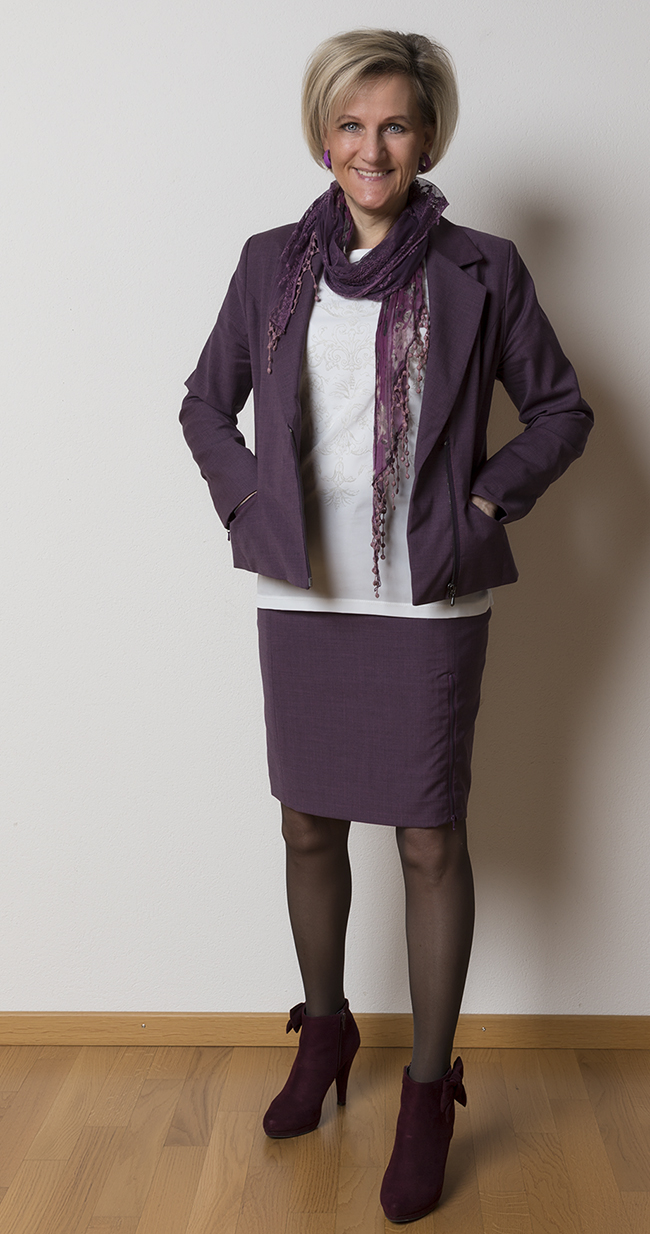 Kostüm/Anzug Sei Unica, Shirt More&More, Schuhe Graceland