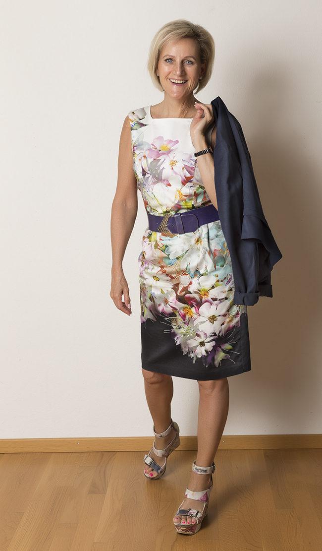 Kleid Phase Eight, Jäckchen Esprit, Schuhe Diesel