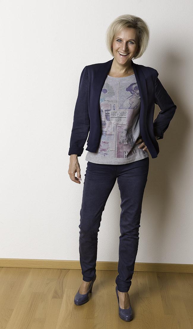 Jacke Esprit, Shirt s'Oliver, Hose Bonita, Schuhe Tamaris