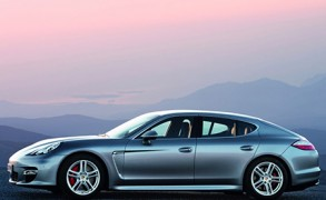 Porsche Panamera Vier noble Sportsitze für ein Halleluja