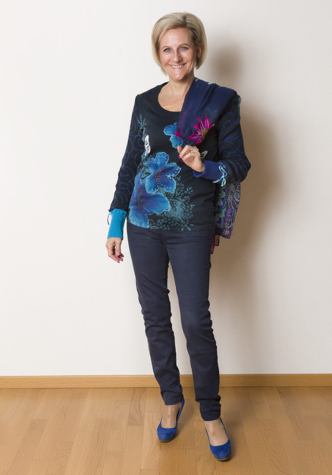 Pullover + Schal Desigual, Hose Bonita, Schuhe YKX&Co