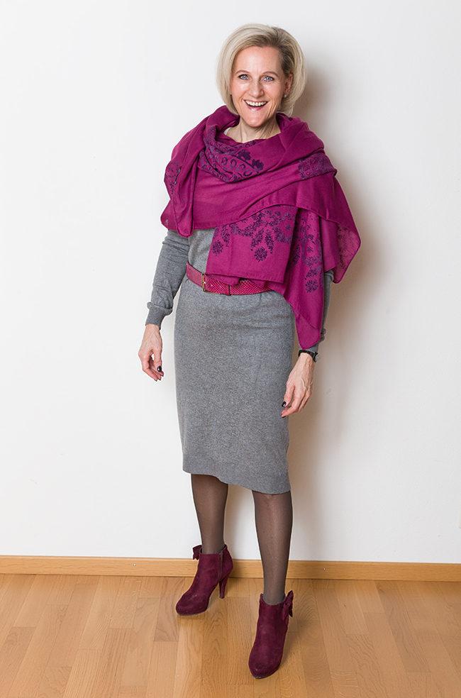 Kleid InWear, Schal Desigual, Schuhe Graceland