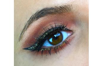 Vanessa Cisullo – Glam Eyeliner