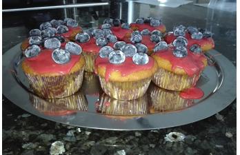 Midnight Bakery – Ein Blech Muffins