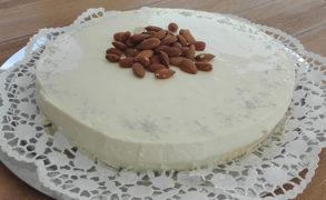 Honig-Panna-Cotta-Kuchen mit frischen Feigen – Backrezept